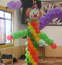 Organizamos fiestas infantiles fuentes de chocolate Ornamentacion con globos